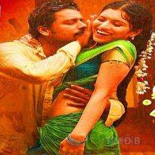 Azhage Illatha Azhagana Kathai songs download